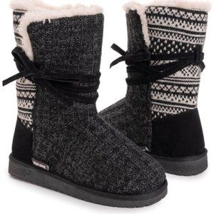 Muk Luks Black Dark Gray Clementine Boot NWT